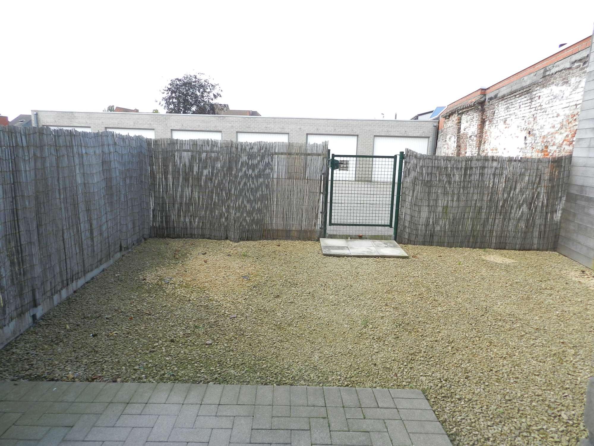 Te huur: Appartement met tuin – Stationsstraat 69, Waarschoot