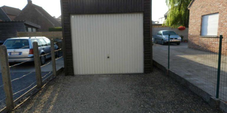 13-Garage-DSCN3032-P50