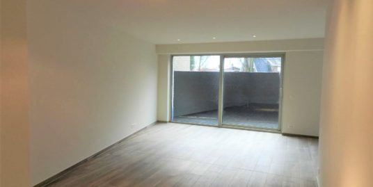 Gelijkvloers appartement met 2 slaapkamers en terras