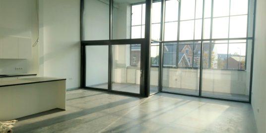 Nieuwbouwloft met 2 slaapkamers en ruim dakterras